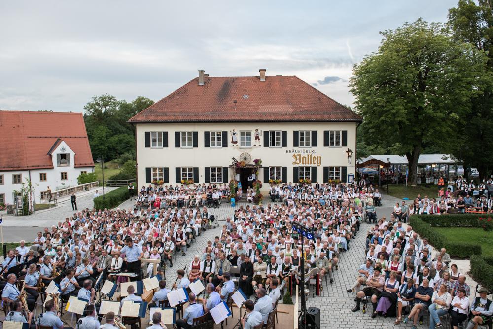 benefizkonzert-gmk-unterdarchinger-musi-3