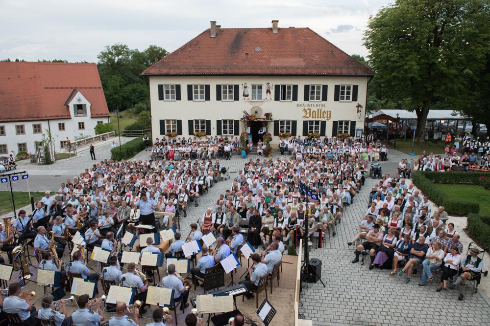 benefizkonzert-gmk-unterdarchinger-musi-4