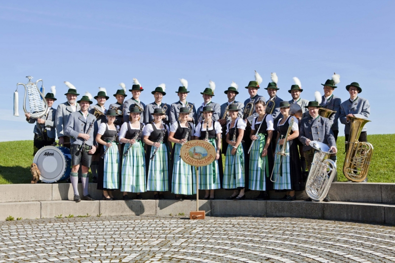 unterdarchinger_musi_gruppenfoto_1_download_klein